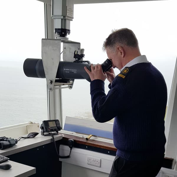 igus® protecting our shores through binoculars