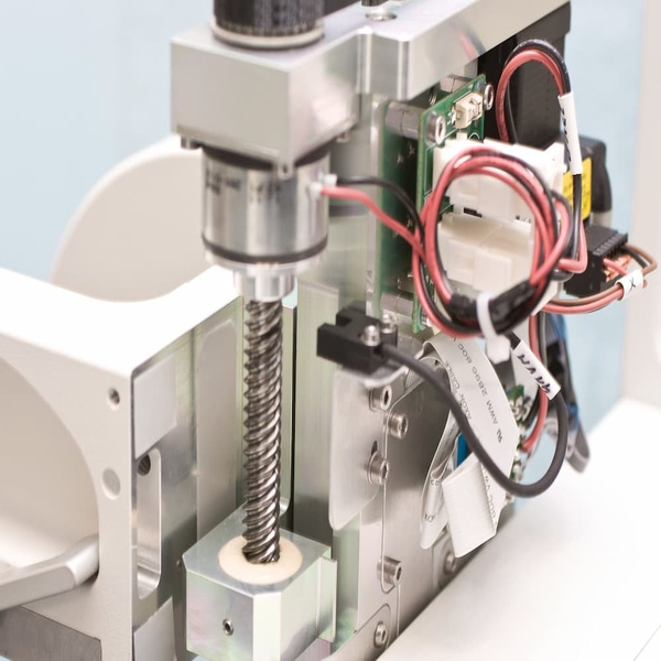 How to construct and assemble a spindle motor.