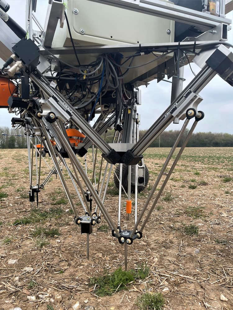 low cost delta robot